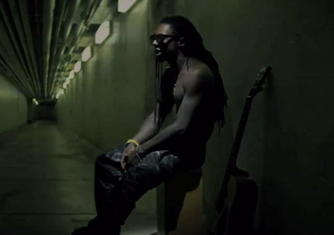 Lil Wayne &#8216;How To Love&#8217; Official Music Video