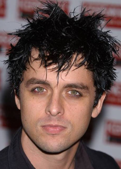 Green Day: Billie Joe Armstrong Booted Off Plane For Saggy Pants!