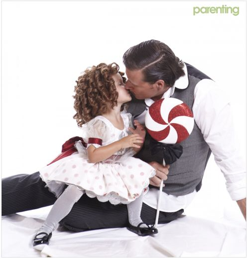 Tori Spelling and Family Halloween Shoot for Parenting Magazine - 16