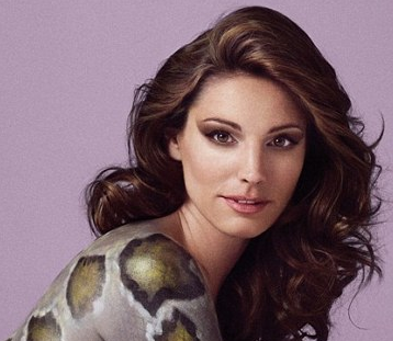 NUDE Body Paint &#8211; Kelly Brook is a Snake For PeTA &#8211; Photos