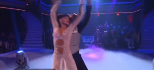 Dancing With The Stars – J.R. Martinez Inspires With The Viennese Waltz – VIDEO
