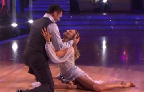 Dancing With The Stars: Chynna Phillips and Tony Dovolani Do The Viennese Waltz – Video