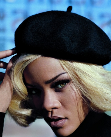 Rihanna Vogue UK - Pics - 1