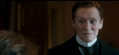 Glenn Close is a Man in 'Albert Nobbs' – Official Trailer