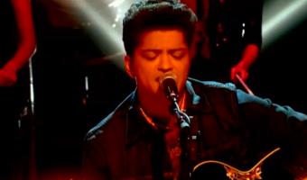 Bruno Mars 'Marry You' – 2011 MTV EMAs – VIDEO