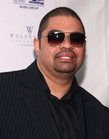 Rapper &#8216;Heavy D&#8217; Dead at 44 &#8211; Photos, Video