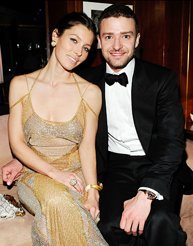 Whoa! Justin Timberlake and Jessica Biel WEDDING NEWS?!