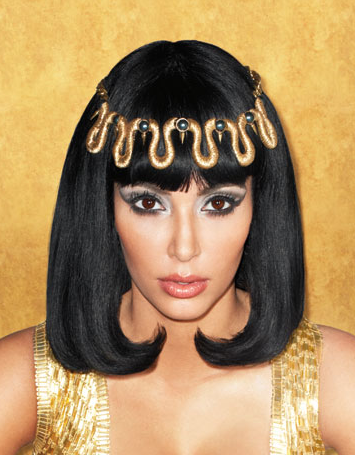 Kim Kardashian Spends BIG BUCKS on Liz Taylor Jewelry – Details