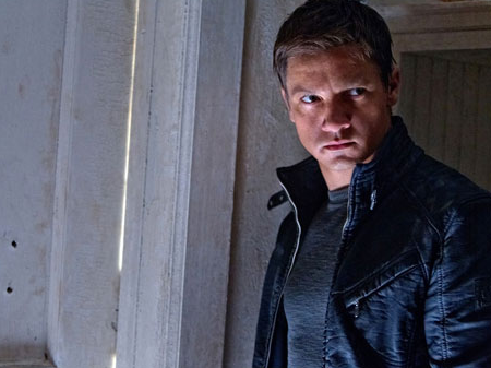 FIRST LOOK: Jeremy Renner in 'Bourne Legacy'