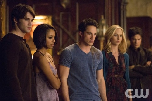 "The Vampire Diaries Season 5 Episode 15 REVIEW ""Elena's Back And She's A Ripper"""