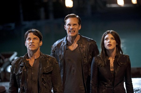 "True Blood Season 5 Premiere ""Turn! Turn! Turn!"" Live Recap 6/10/12"