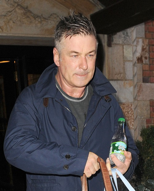 Alec Baldwin Keeps His Cool In New York
