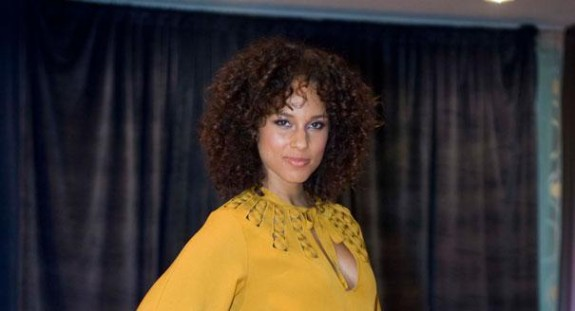 'Struggling For Money As A Child Made Me Wiser,' Alicia Keys Explains How She Spends Her Earnings