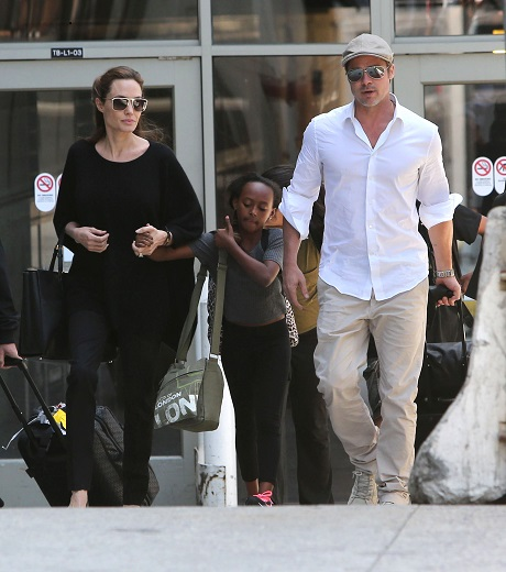 Angelina Jolie And Brad Pitt Exchanged Extra Sexy Love Letters While Spending Time Apart!