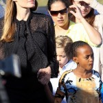 Angelina Jolie And Brad Pitt Got Secretly Married – Angie Wearing Wedding Ring (PHOTO)