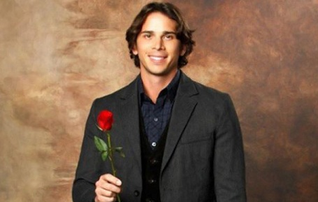 'The Bachelor' Host Implies Ben Flajnik Does Not Pick Courtney Robertson!