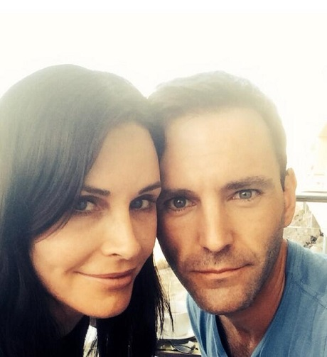 courteney-cox-johnny-mcdaid-engaged-2