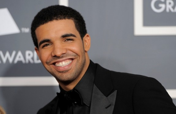 Drake Explains His Decision On Singing In His Songs: &#8216;I Would Deem Myself The First Person To Successfully Do It&#8217;