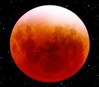 Breathtaking Lunar Eclipse Captured on Video