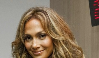 Jennifer Lopez Would Love To Hookup With Tom Cruise After Nasty Breakup With Casper Smart!