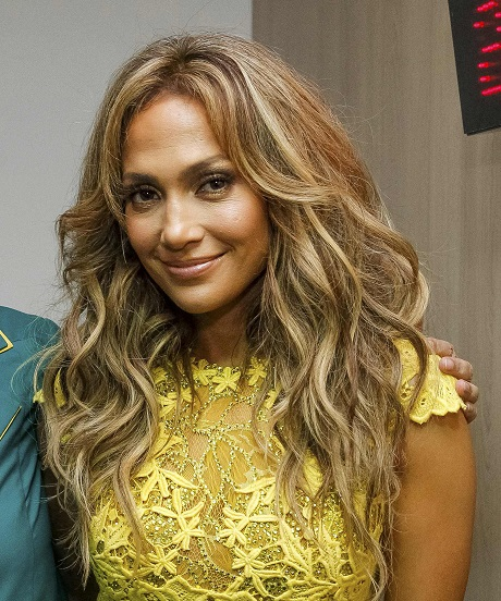 Jennifer Lopez And Mariah Carey Feud: Mariah Started It, J Lo Insinuates!