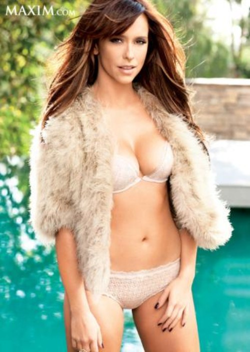 Jennifer-Love-Hewitt-Maxim-2