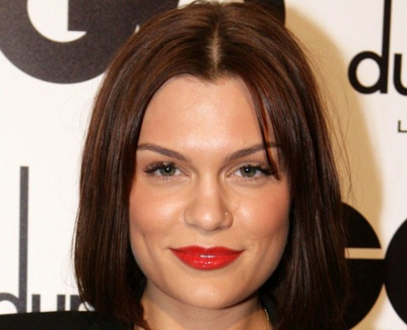 Jessie J To Shave Head Live On Television For British Charity Foundation