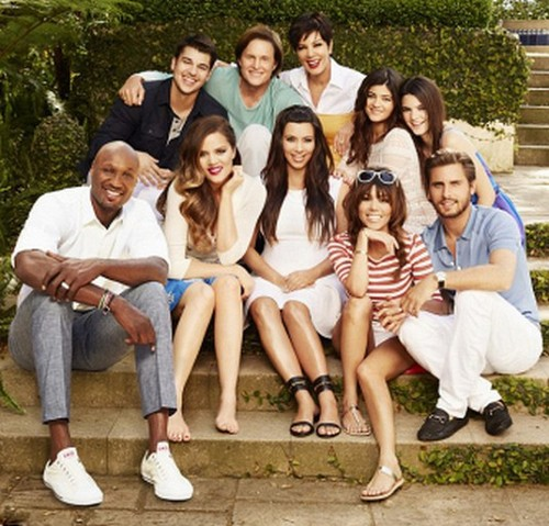 Kanye West Missing From Keeping Up With The Kardashians Promo Pic
