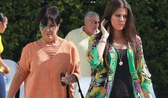 New Video Shows Kris Jenner Desperate For Khloe Kardashian's Attention: Is Khloe Breaking Up With The Other Kardashians?
