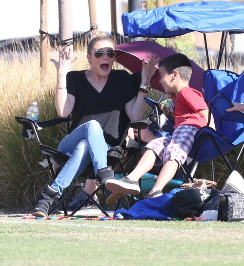 LeAnn Rimes Takes The Cibrian Boys To Their Soccer Game