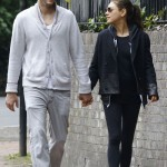 "Ashton Kutcher ""Controlling"" Pregnant Mila Kunis' Diet And Exercise – Report"