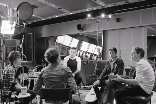 One Direction Debut New Music Video 'Little Things' – (VIDEO)