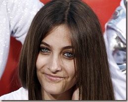 Paris Jackson Gets Herself In One Direction War As She Backs Justin Bieber To Win 'Most Share-Worthy Video' At VMA's