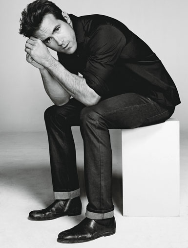 PHOTOS: Ryan Reynolds is Edible For Details Mag – June 2011