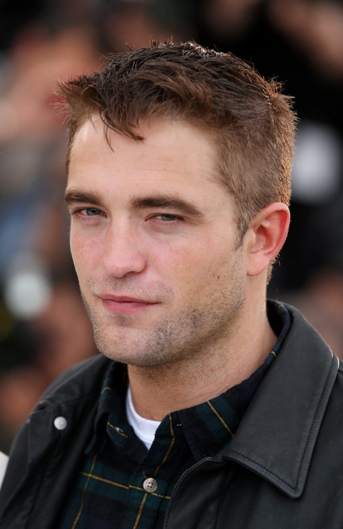 Robert Pattinson Flirts With Katy Perry at