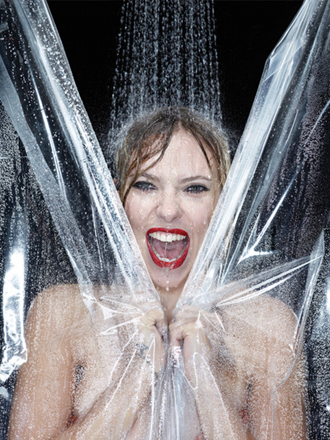Scarlet Johansson Describes Iconic Shower Scene In Upcoming Film Hitchock