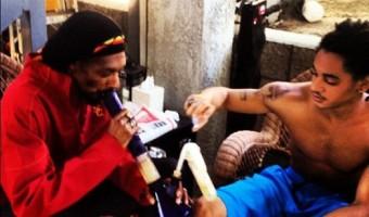 Good or Bad Parent? You Decide: Snoop Dogg Smokes Bong With His Son – (PHOTOS)