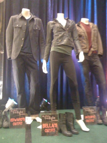 Breaking Dawn Costume Photos