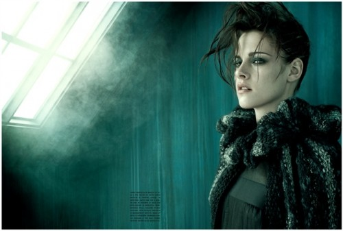 PHOTOS: Kristen Stewart Drop Dead Gorgeous For Vogue Italia