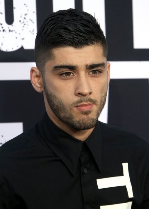 Zayn Malik Disses Ex-Girlfriend Perrie Edwards and Little Mix: Former One Direction Singer Is A Total Jerk!