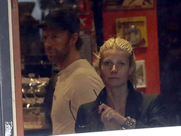 Exclusive… Gwyneth Paltrow, Chris Martin and the Kids Visit Paris