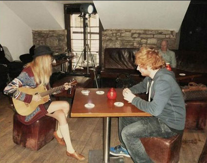 Taylor Swift Over Harry Styles, Moves On With Ed Sheeran