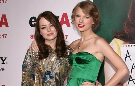 Emma Stone and Taylor Swift red carpet