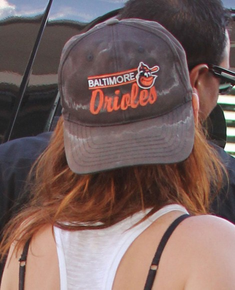 Kristen Stewart Is Still Wearing Robert's Sweaty Hat