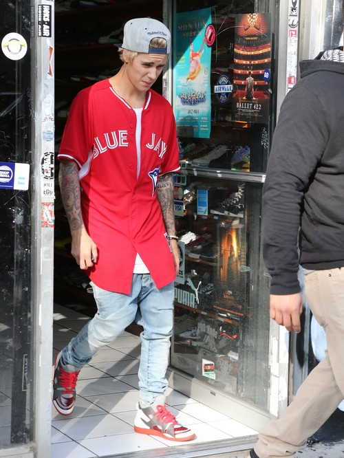 Justin Bieber Wants To Be A Better Man