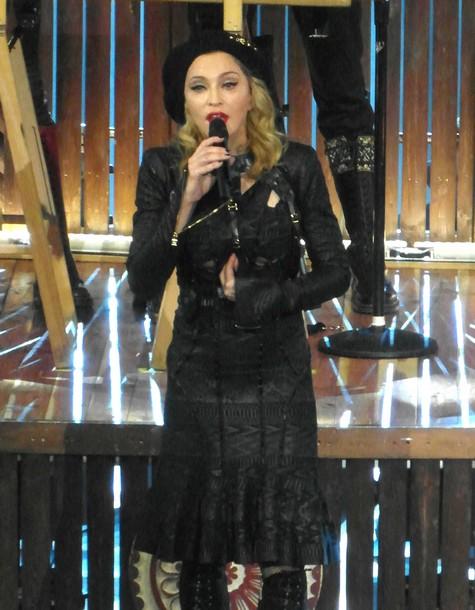 Madonna Protests Taliban's Murder Of Pakistani Schoolgirl