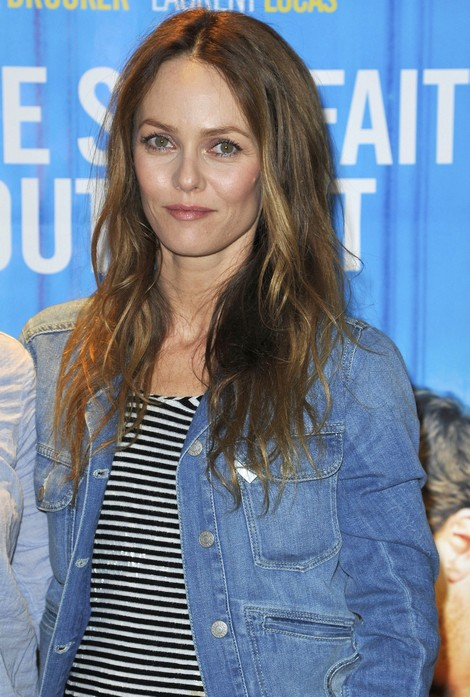 Vanessa Paradis Finds Love In The Arms Of French Singer Benajamin Biolay