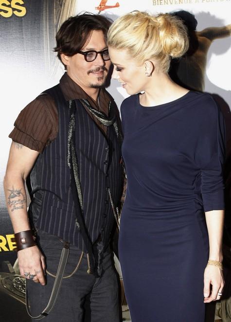 Johnny Depp and Amber Heard Back Flirting Again - Romance Back On?