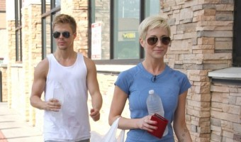 Kellie Pickler Is Obsessed With DWTS' Derek Hough