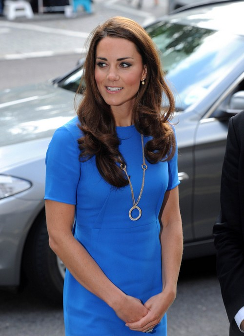 Kate Middleton Apologizing Non-stop To Prince William Since Topless Photos Released